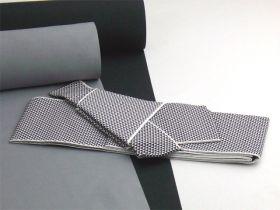男物角帯ワンタッチ帯仕立 小うろこ柄 白/黒(ポリエステル)