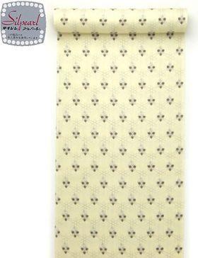 洗える着物 小紋 夏物駒絽 クリーム地茶色クローバー