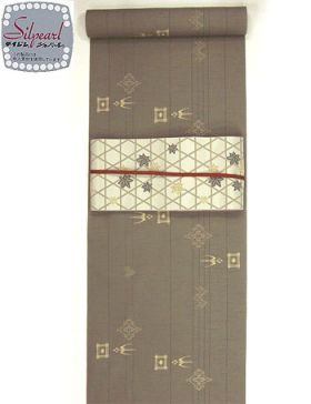 洗える紬着物 大島紬調 飛燕柄 あずき色/テイジンシルパール