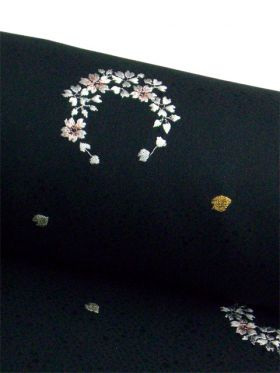 洗える着物 刺繍小紋  黒 光触媒消臭 花丸