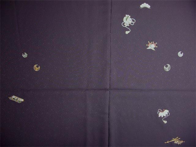洗える着物 付下げ 刺繍 葡萄色地に花丸 前身頃とおくみ