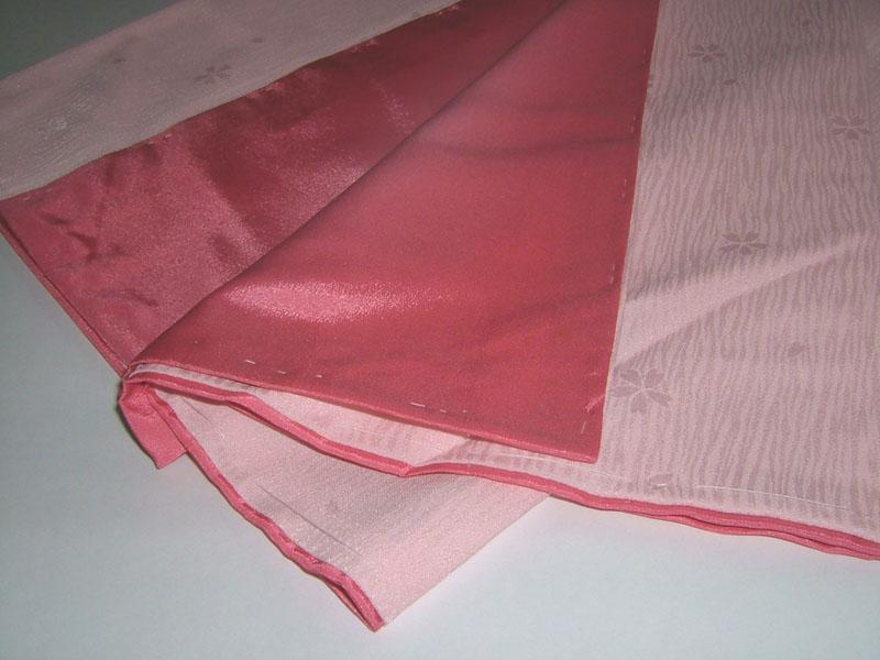 袴用着物アート小町二尺袖きものK503/ピンク系 裾と八掛