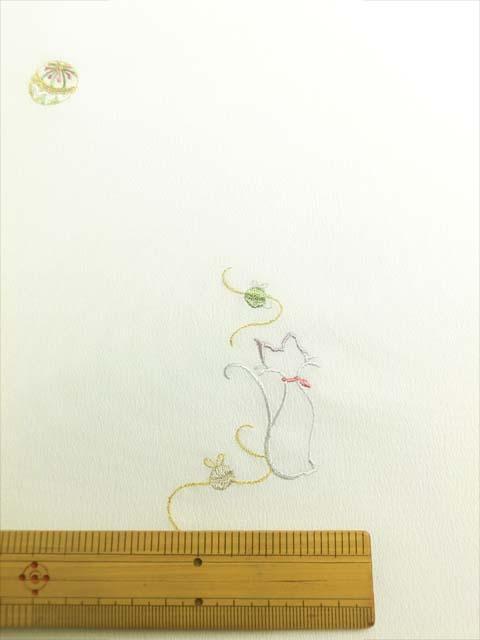 白地にオリジナル日本刺繍 猫柄 拡大写真1