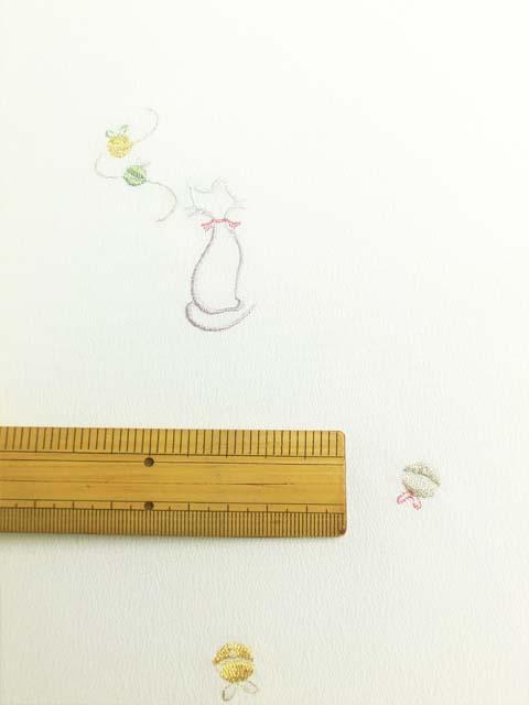 白地にオリジナル日本刺繍 猫柄 拡大写真2
