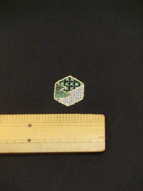 刺繍小紋用日本刺繍 扇と菱 黒地 4 opsisyu-ougihisi-bl-10-4