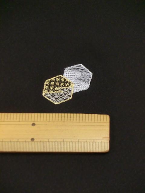 刺繍小紋用日本刺繍 扇と菱 黒地 9 opsisyu-ougihisi-bl-10-9