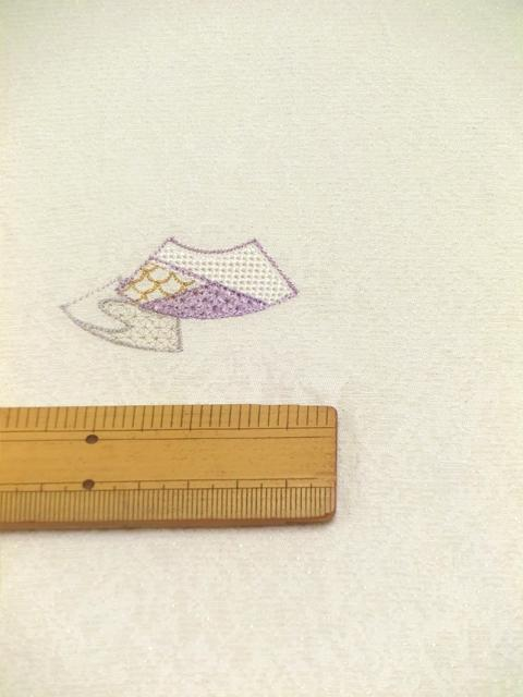 刺繍小紋用日本刺繍 扇と菱 白地 7 opsisyu-ougihisi-wh-10-7