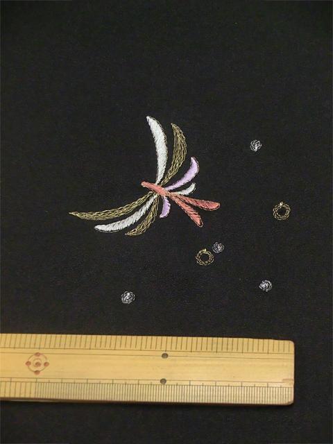 刺繍小紋用 日本刺繍 とんぼ 黒 拡大1 opsisyu-tonbo-bl-8-1