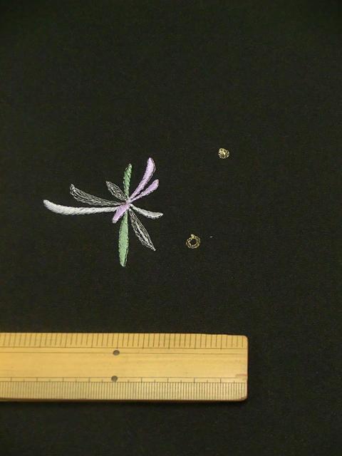 刺繍小紋用 日本刺繍 とんぼ 黒 拡大4 opsisyu-tonbo-bl-8-4