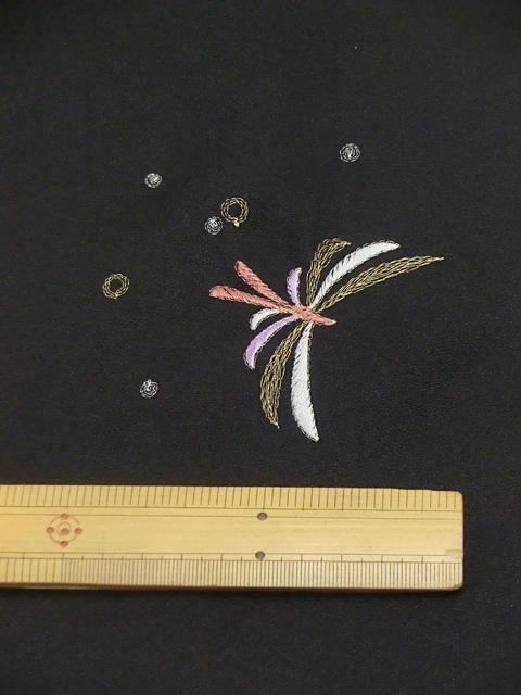 刺繍小紋用 日本刺繍 とんぼ 黒 拡大5 opsisyu-tonbo-bl-8-5