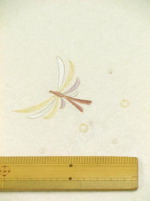 刺繍小紋用 日本刺繍 とんぼ 白 拡大2 opsisyu-tonbo-wh-8-2