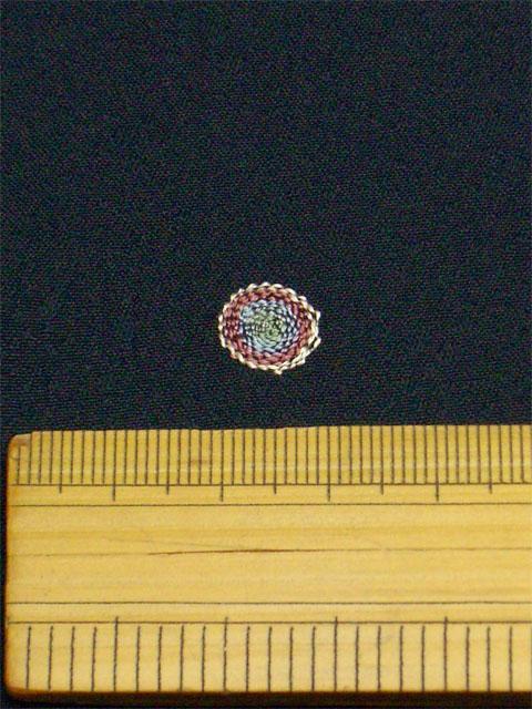 刺繡小紋用 たまゆら柄 拡大写真2 shineup-sisyu-kuro-tamayura-kakudai2.jpg