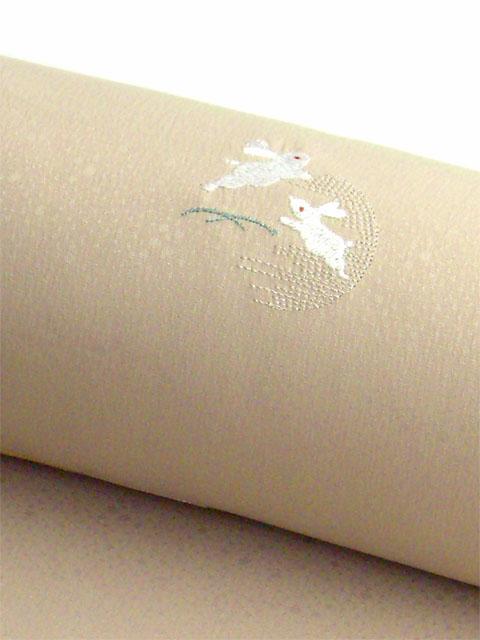 洗える着物 刺繍小紋 白茶色 光触媒消臭 うさぎと月